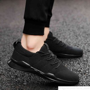 Men Women Running Platform Shoes Sneakers Multicolor Reflective Triple Black White Leather Trainers Grey Suede Mens Man Runner Shoe jogging one