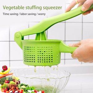 Vegetable Press Crusher Squeezing Dumpling Pie Filling Tools Food Water Squeezer Cooking Handheld Dehydrator Kitchen Accessories 210319