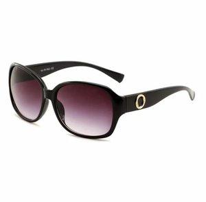 2297 Мужчины Классический дизайн Солнцезащитные очки Мода Овальное Рамка Кадр Покрытие УВ400 Линзы Углеродные Волоконные Ноги Лето Стиль Очки с коробкой
