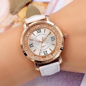 Течет кристалл циферблат женские часы роскошный Quicksand алмазная личность дамы белые платья часы подарок для женщин Relogios наручные часы