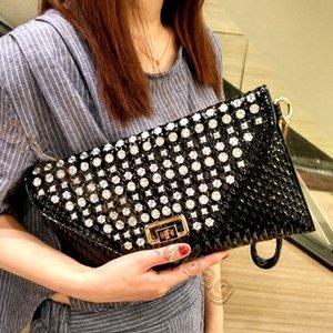 2021 Body Fashion Women Luxurys Banquet Wallet Water Drill Flap Shoulder Messenger Bags Cross Designers Handbags Diamonds Bag Evening H Nxno