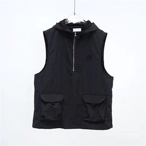 summer Simple embroidery logo Men's Vests Solid hooded couple's coat Black tooling vest Casual sleeveless jacket European and American fashion brand