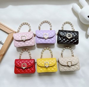 Luxury kids pearls chain princess handbags girls diamond lattice quilted single shoulder bag women messenger lipstick bags Q2218