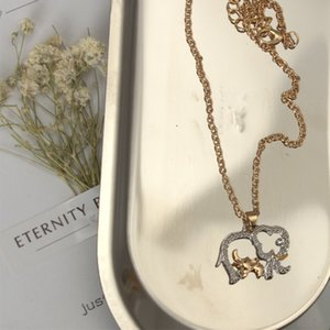 Two - color size elephant pendant necklace fashion cute animal elephant pendant jewelry Mother's Day gift wholesale 202 T2
