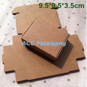 Atacado 100 Pçs / lote 9.5 * 9.5 * 3.5 cm caixa de Embalagem de Papel Kraft Caixa de Presente de Casamento Soap Doces Jóias Bolo Biscoitos Caixa De Embalagem De Chocolate De Cozimento