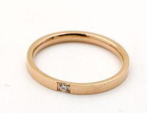 Новая мода ультра-тонкой версии коготь набор Алмаз свадьба пара небольшой хвост кольцо кольцо один палец титана стальное кольцо