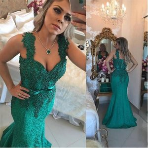 Dark Green Arabic Lace Kleider Abendgarderobe 2018 Spaghetti Applikationen Perlen Mermaid Sweep Zug formale Prom Party besondere Anlässe Kleider