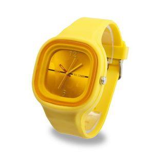 Nueva moda Ginebra Relojes de múltiples colores de silicona Relojes deportivos Reloj de pulsera de dibujos animados para mujeres hombres 100 unids envío gratis
