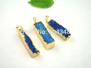 Kristal lüks Kristal Parlak 3 adet Doğa Ince Dikdörtgen Druzy Kuvars Kolye Mavi renkte, Altın Kaplama Druzy Geode Kolye Altın Gem taş