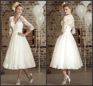 2020 Yeni Üç Çeyrek Kollu Dantel Vintage V yaka Ucuz Plaj Gelin Elbiseler 2020 Casamento vestidos de Kısa Gelinlik 150