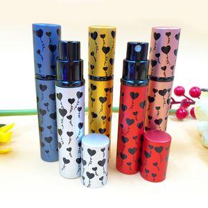 Love Heart Colour Perfume Bottle 10ML Refillable MINI Metal Glass Atomizers المحمولة حاويات ماكياج لسيدة DC728