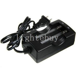 도매 18650 Li 이온 배터리 충전기 18650 유선 듀얼 배터리 충전기 Trustfire / Ultrafire / 산요 / 18650 배터리 충전기 (EU 또는 미국 플러그)