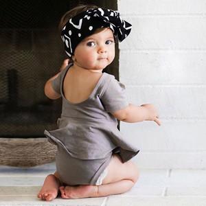 INS Little Girl Romper vestido de manga curta Backless algodão Rompers Verão bonito da criança cor sólida do bebé macacãozinho 17111001