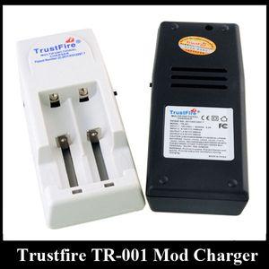 Authentic Trustfire TR001 배터리 충전기 TR-001 듀얼 슬롯 Vape 충전 장치 18650 18500 18350 17670 14500 10440 리튬 배터리
