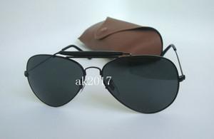 1Pair Mens di alta qualità maschile occhiali da sole pilota Outdoorsman Occhiali da sole Occhiali tutto nero 62 millimetri Lenti in vetro con custodia marrone