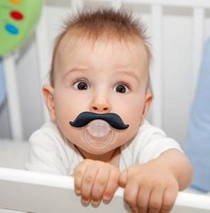 500 PCS Up Bébé Sucette Drôle Tétine Mignonne Dents Moustache Bébé Garçon Fille Infantile Sucette Orthodontique Dummy Barbe Mamelons Sucettes K5690