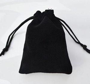 100pcs / lot 9 * 12cm Noir Rouge Bleu Violet Bijoux Pochettes Sacs Velvet Cordon Sacs pour Bagues Collier DIY Emballage Jewel Case