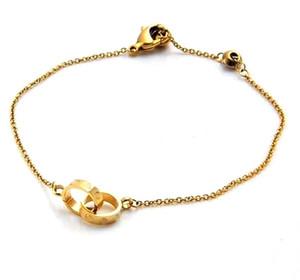 Brazaletes de estilo de titanio para las mujeres Pulseras de alambre de plata chapadas en oro para rebordear o encantos joyas Pulseras Brazaletes