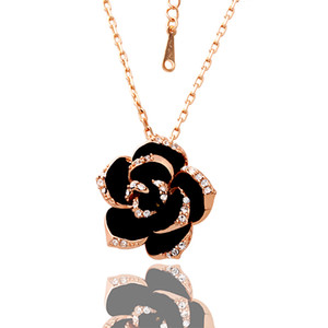 Beautiful design 18K gold CZ Crystal Flower Pendant Necklace Fashion Jewelry Party Gift Free shipping
