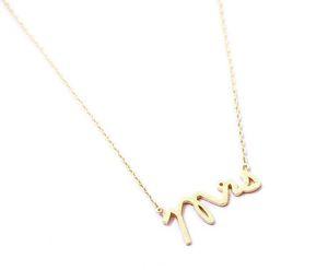 새로운 간단한 우아한 부인 펜던트는 매력 목걸이 작은 스탬프 단어는 초기 목걸이 사랑이 이름을 알파벳 편지를 보석 목걸이