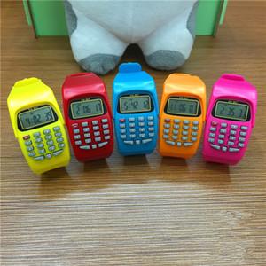 الأزياء الإلكترونية الرقمية الصمام ووتش عارضة السيليكون الساعات الرياضية للأطفال الأطفال متعددة الوظائف حاسبة ساعة اليد ساعة ملونة