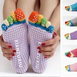 17 renkler Moda Unisex Pamuk YOGA beş parmak çorap Skid geçirmez Granül Stil Ile Çorap Açık Spor Çorap Stil 4 renkler