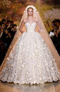 Zuhair Murad New 2019 Свадебные платья A-Line Органза Роскошный Милая без бретелек Цветы Свадебное платье с прозрачной пуговицей назад Свадебные платья