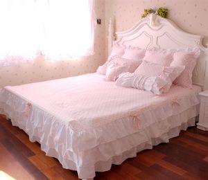Free Shipping Pink Ruffle Princess Cotton duvet cover Wedding 4pcsBedding set Queen King Twin Size sheets western bright comforter duvet set