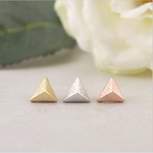 Fashion stereoscopic equilateral triangle cone stud earrings wholesale free shipping Three kinds of color Stereo feeling