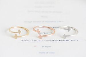 Мода ювелирные изделия железа Иисус боком двойной крест манжеты палец религиозное кольцо для женщин стрейч девушка ringsWholesale Бесплатная доставка