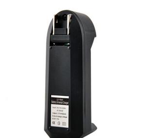 Şarj edilebilir piller için 10 adet 3.7V 18650 All-in-One Pil Şarj Cihazı, 100-240V / 50-60HZ Girişi