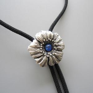 Rhinestones Orijinal Rüya Çiçek Düğün Kolye Bolo Kravat BOLOTIE-067 Ücretsiz Kargo Brand New Stock