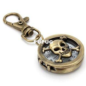 Portachiavi in bronzo con ciondolo pirata e ciondolo portachiavi in argento con diamanti