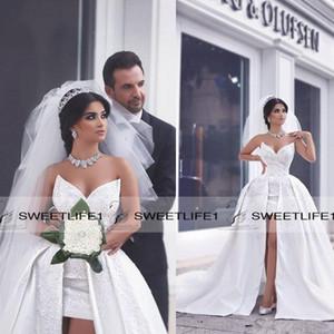 Sexy High Front Slit Ballkleid Satin Brautkleider V-Ausschnitt ärmellose Applikationen Rüschen Brautkleider Vintage Sweep Zug Brautkleider