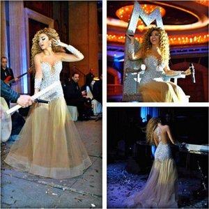 2015 Meryam Fares Celebrity Dress Champagne sirena vestidos de baile mangas largas cristales de diamantes de imitación ver a través de vestidos de noche