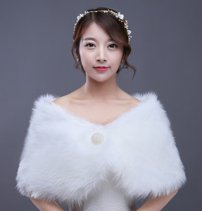 Hot sell new style imitation faux fur shawl fashion pearl clasp plush shawls Bridal wraps & jackets wedding accessories shuoshuo6588