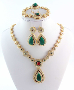 Hot Selling Brand New African Costume Jewelry Set 18K Placcato oro Fashion Bridal Bridal Bracciale Bracciale ANELLO