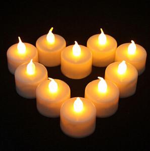 LED 캔들 라이트 무연 불꽃없는 전자 플래시 멀티 색상 라이트 캔들 램프 Weding 파티 장식 24 개 / 몫