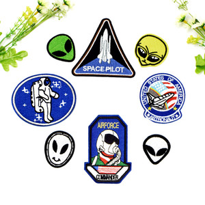 8 PCS Space Flight Alien Patches para Roupas de Ferro em Applique Patches de Transferência para Jaqueta Sacos DIY Costurar Emblema Do Bordado