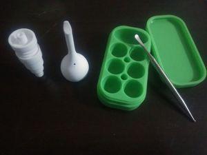 Ceramic Nail + Ceramic Caps + Ceramic Caps + Titanium Dabber (32ML 6 + 1 실리콘 용기 상자) 왁스 오일 무작위 컬러 배송을위한 실리콘 용기