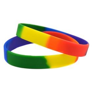 100 stücke Trendy Dekoration Regenbogen Farben Segmentiert Gay Pride Silikon Gummi Armband Erwachsene Größe für Promotion Geschenk