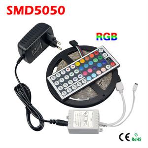 Blister Retail Box SMD 5050 LED Light Strip RGB 150LEDs 5M Flessometro a nastro flessibile + 44 Key Remote Controller + DC 12V Adapter Power Supply