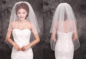 2019 New Stayle Günstige Elfenbein Brautschleier Zwei Schichten Perlen Rand Tüll Short Veil Braut Brautschleier neue hochwertige Schönheit Braut einfach