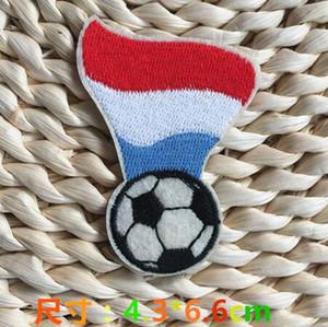 Caldo! Toppa da calcio da 1,7 pollici con stemma del calcio ricamato su toppe applicate in stoffa Appliques garantite Lussemburgo stemma da calcio GPF-020