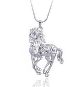 Collana di cristallo del pendente del cavallo Placcatura in oro bianco Collana lunga dei monili animali Collana di cristallo d'avanguardia dei monili coreani Nuovo caldo