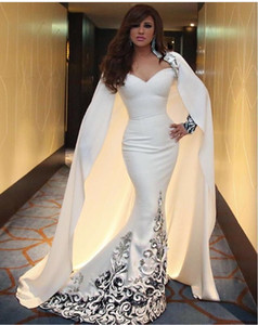 2016 Myriam Fares robes de célébrités Ivoire sirène décolleté en coeur avec manches complètes et cap moyen-orient robes de soirée robes de fête
