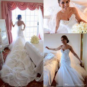 2017 Hot Glamorous Custom Hecho de sirena Vestidos de novia Talla grande Sweetheart Backless Lace Appliquse Beaded Bridal Batos Catedral Largo Tren
