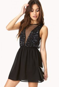 Shiny Short Black Cocktail Dresses 2016 Sequined Sheer Neck Sexy Prom Dresses Mini Chiffon Special Occasion Dresses Crystal Graduation Gown