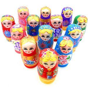 5pcs Nouveauté Poupée russe Matriochka bois Set poupées russes décor peint à la main pour bébé Jouet fille poupée gros