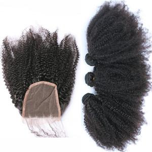 Afro verworrenes lockiges Haar-Verlängerung mit freiem Teil-Schliessen mongolisches Jungfrau-Menschenhaar-verworrenes lockiges 3Bundles mit Spitze-Schließung 4x4